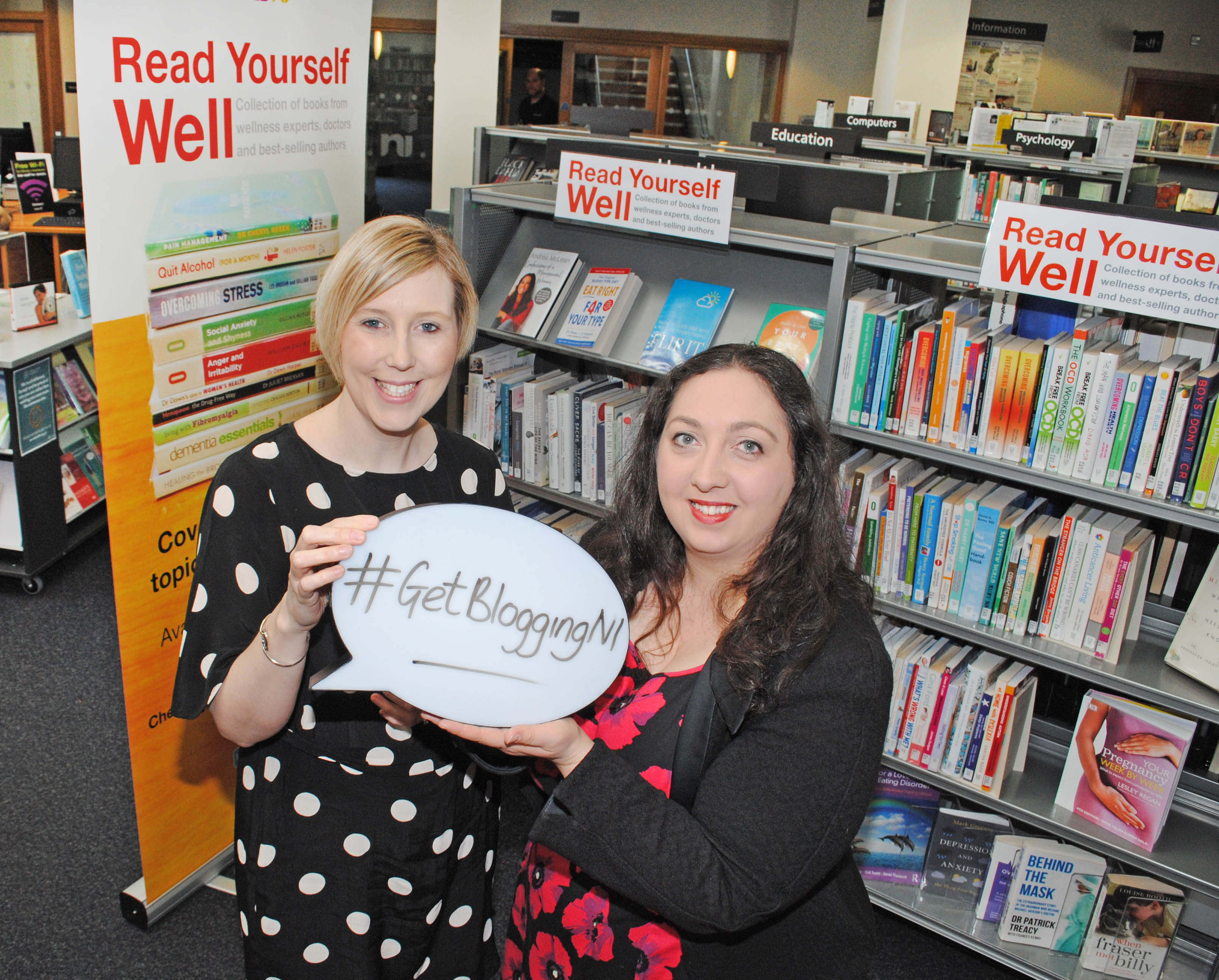 Chartered Marketer Christine Watson pictured with Michelle Connolly vlogger and founder of Learning Mole youtube channel in advance of Blogging Inspiration Session for Libraries NI